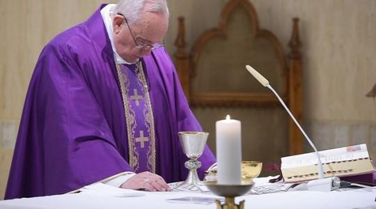 Wtorkowa Msza papieska: o nawróceniu i jego udawaniu