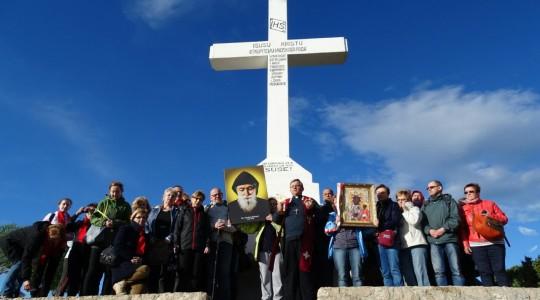 Droga Krzyżowa i modlitwa pod Krzyżem na Kriżevcu