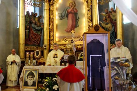 17.05  Istebna przyjęła relikwie św. o. Pio