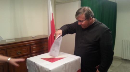 Ks. Jarek i pielgrzymi głosowali w Bejrucie - wyniki