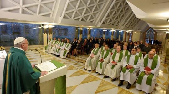 Papież na Mszy: Jezus płacze nad światem, który zabija
