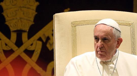 Papież do księży: strzeżcie się podwójnego życia