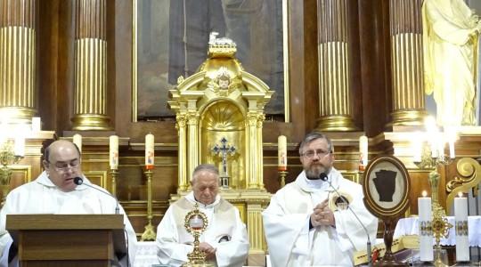 Relikwie św. o. Pio -  w Sannikach. Powstały 4 Domy Modlitwy św. o. Charbela.