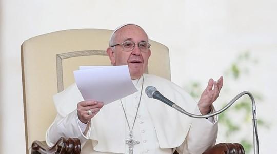 Papież Franciszek: miłosierdzie gładzi grzech