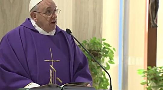 Franciszek: nadzieja nie pozwala nam pogrążyć się pośród życiowych trudności