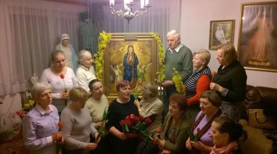 Matka Boża Wniebowzięta nawiedza rodziny w Siedlcach