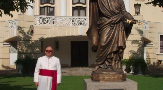 Między Watykanem a New Delhi