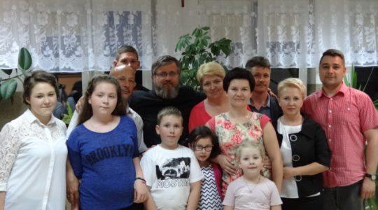By Domy św. Charbela były jedną rodziną