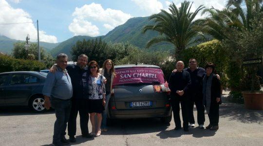 Rodzinne przyjęcie w Castellammare di Stabia. Wzruszenie w Pompejach