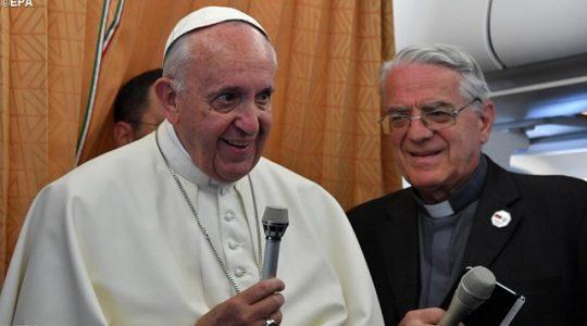 Coś jest nie tak z Unią Europejską - konferencja prasowa Ojca Świętego w samolocie