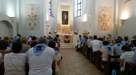 Msza św. w Sanktuarium Bożego Miłosierdzia. Powstał pierwszy na Litwie Dom Modlitwy św. Charbela.