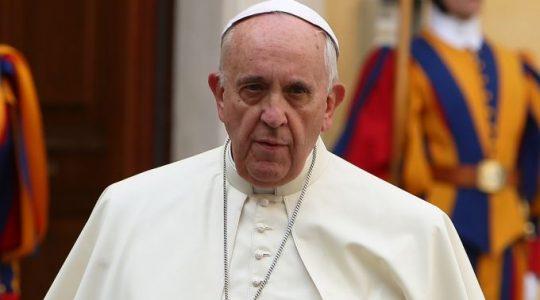 Papież do ubogich z Francji: módlcie się za winnych waszej nędzy