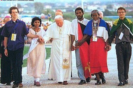 Doświadczyć świętości - zaproszenie do wspólnej modlitwy przy grobie - ołtarzu świętego Jana Pawła II