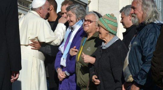 Ojciec Święty przepraszał bezdomnych
