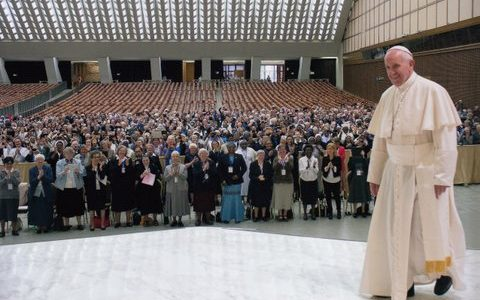 Koncert bożonarodzeniowy w auli Pawła VI (Vatican Service News -17.08, 2016-12-16)