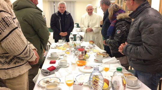 Dzień urodzin ojca świętego Franciszka ( Vatican Service News -17.12.2016)