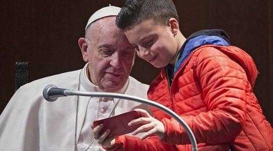 Niezwykłe spotkanie ojca świętego  Franciszka z dziećmi(Vatican Service News - 20.02.2017)