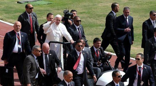 Papież zakończył pielgrzymkę w Egipcie (Vatican Service News- 30.04.2017)