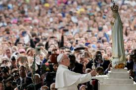Drugi dzień pielgrzymki papieskiej w Fatimie(Vatican Service News - 13.05.2017)