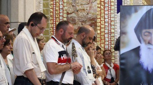 Relikwie świętego Charbela w sanktuarium świętego Jana Pawła II w Krakowie(Vatican Service News - 23.07.2017)