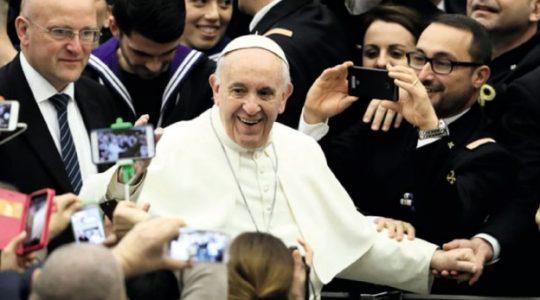 Papież Franciszek rozpoczyna pielgrzymkę do Kolumbii  (6.09.2017 Vatican Service News)