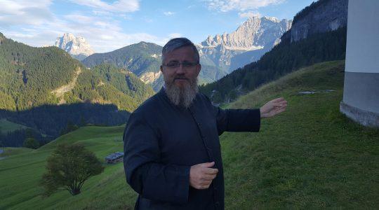 Pielgrzymi już w domach - ks. Jarek w Dolomitach  (23.09.2017)