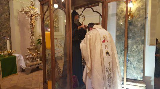 Święty Charbelu wspieraj Padre Jarka i nie pozostaw nas sierotami (04.02.2020)
