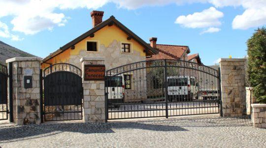 Comunita Cenacolo - niezwykłe miejsce dojrzewania duchowości w Medjugorie( Vatican Service News - 04.09.2017)