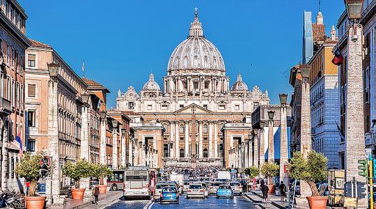 Problem z bezdomnymi na placu świętego Piotra(Vatican Service News -22.09.2017)