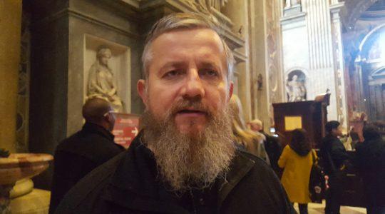 Przy grobie św. Jana Pawła II (24.12.2017)
