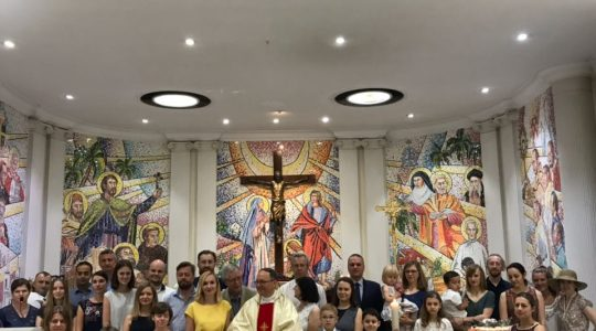 Msza św. dla Polaków w New Delhi, w Nuncjaturze Apostolskiej (01.04.2018)
