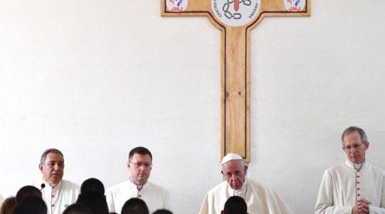 Papież odwiedza nieletnich w więzieniu w Panamie (Vatican Service News - 26.01.2019)