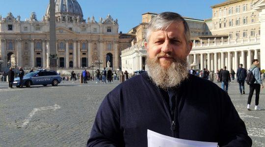 Charbel TV-Padre Jarek chiede la preghiera per i nemici di San Giovanni Paolo II-(08.02.2019)