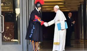 Lud Boży oczekuje konkretów ( Vatican Service News - 21.02.2019)