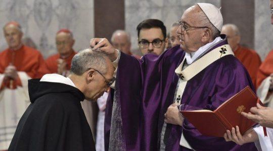 Odrzućmy macki konsumizmu, zwróćmy się w stronę krzyża(Vatican Service News - 07.03.2019)
