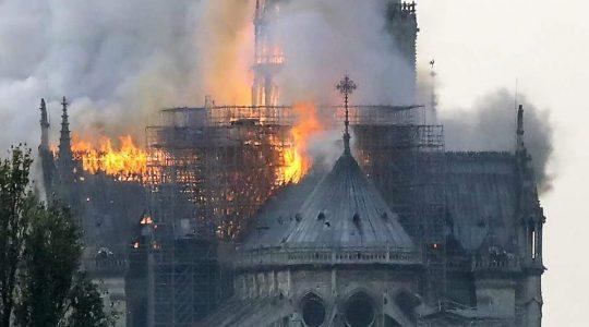 Pożar katedry Notre Dame – módlmy się za Francuzów  (16.04.2019)