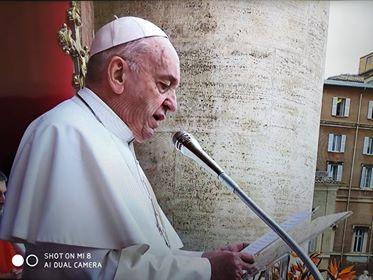 Urbi et Orbi - błogosławieństwo Miastu i Światu (Vatican Service News - 21.04.2019)