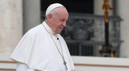 Papież Franciszek modli się za ofiary pożaru na okręcie wojennym (Vatican Service News - 02.07.2019)