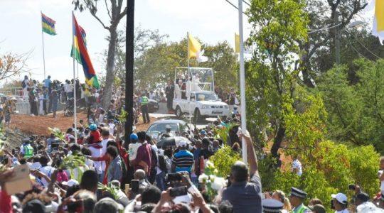 Papież Franciszek na Mauritiusie(Vatican Service News - 09.09.2019)