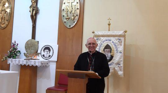 Arcybiskup Wacław Depo spotkał się z uczestnikami rekolekcji  (1.12.2019)