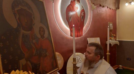 Modlitwa w Arzano przed obrazem Matki Bożej Częstochowskiej  (27.01.2020)