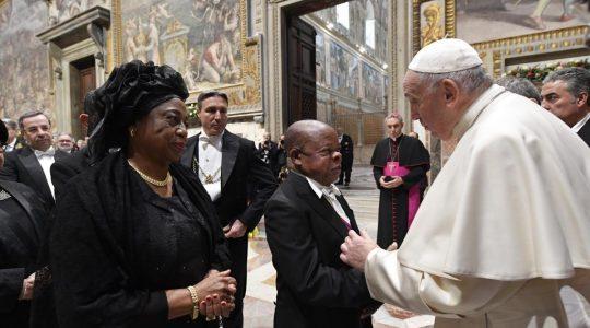 Spotkanie Ojca Świetego z dyplomatami (Vatican Service News - 10.01.2020)