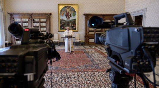 Modlitwa Anioł Pański z Ojcem Świętym ( Charbel TV News - 29.03.2020)