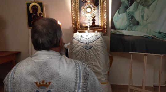 Adorazione Eucaristica in diretta-Transmisja z Adoracji Eucharystycznej (24.03.2020)