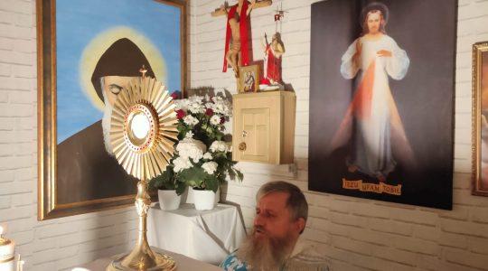 Adorazione Eucaristica in diretta-Adoracja Eucharystyczna -transmisja 24.04.2020