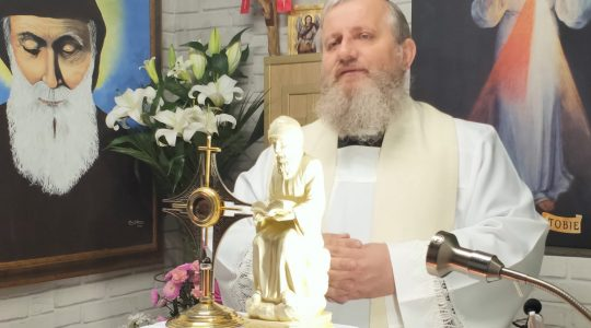 Adorazione Eucaristica e Litania Lauretana in diretta-08.05.20