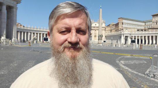 Ks.Jarek z Placu św. Piotra -Padre Jarek da Piazza San Pietro -29.06.2020