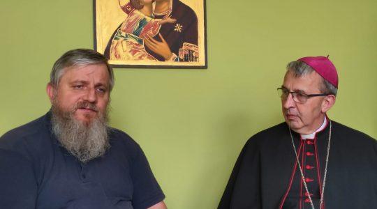 Wywiad z Jego Ekscelencją Księdzem Biskupem Adamem Rośkiem (15.06.2020)