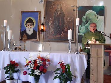 Transmisja Mszy Świętej z parafi pw. Matki Bożej Wniebowziętej i św. Charbela we Florencji-13.09.2020