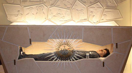 Ciało 15-letniego Carlo, kandydata na ołtarze pozostało niezmienione (1.10.2020)
